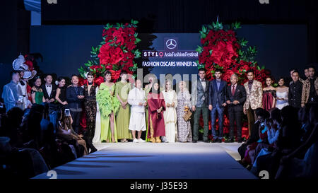 Kuala Lumpur, Malaysia. 2nd May, 2017. Mercedes STYLO Asia Fashion Festival 2017 (AFF2017) winners of the Fashion Oscars, designers with their fashion muse received their trophy. Credit: Danny Chan/Alamy Live News Stock Photo