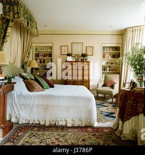 Edwardian bedroom. - Stock Photo