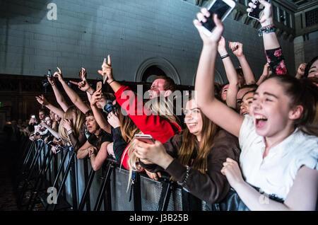 Southampton, UK. 4th May, 2017. The Kooks live at O2 guildhall Southampton. Credit: Charlie Raven/Alamy Live News - Stock Photo