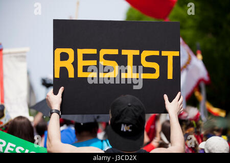 Resist sign at Anti Trump protest rally - USA - Stock Photo