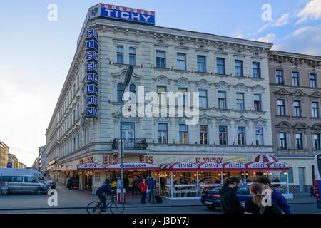 ice cream parlor shop 'Tichy' at square Reumannplatz, Wien, Vienna, 10. Favoriten, Wien, Austria - Stock Photo