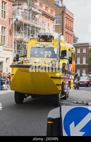 Windsor Duck Tours Amphibious vehicle - Stock Photo