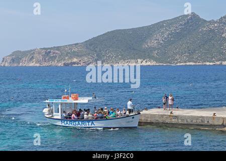 ferry to Sa Dragonera Island, Sant Elm, Mallorca, Spain - Stock Photo