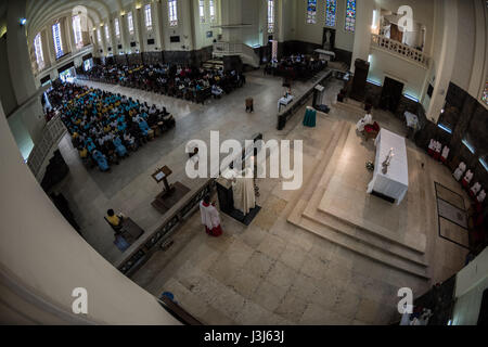 Sunday mass at the Cathedral of our Lady of the Immaculate Conception in the Mozambique capital of Mozambique - Stock Photo