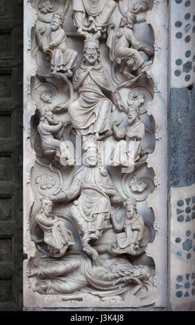 The Tree of Jesse. Romanesque marble relief by Maestro dell'Arca del Battista (ca. 1225) on the main portal of the - Stock Photo