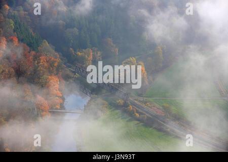 Donau, Eisenbahnbruecke, Stahlbruecke, Dietfurt, Naturpark Obere Donau, Baden-Wuerttemberg, Deutschland, Europa - Stock Photo