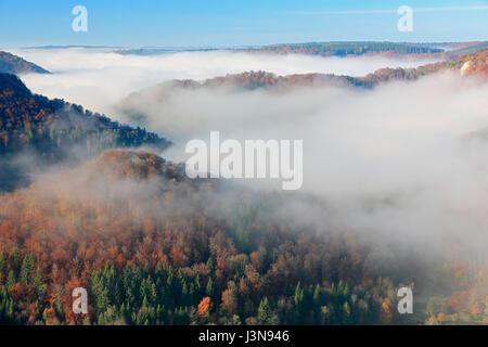 Aussichtpunkt, Donautal, Naturpark Obere Donau, Baden-Wuerttemberg, Deutschland