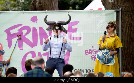 Brighton, UK. 6th May, 2017. One of the acts performing at the Brighton Festival Fringe City events today Credit: - Stock Photo