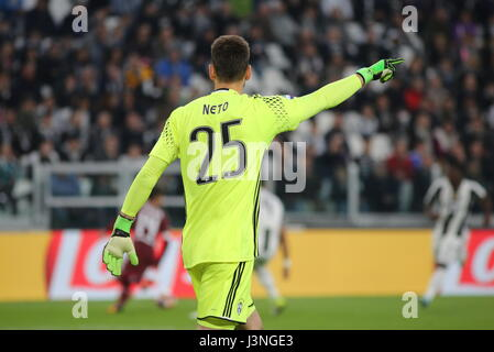 Turin, Italy. 6th May, 2017. Norberto Neto (Juventus FC) during the Serie A football match between Juventus FC and - Stock Photo