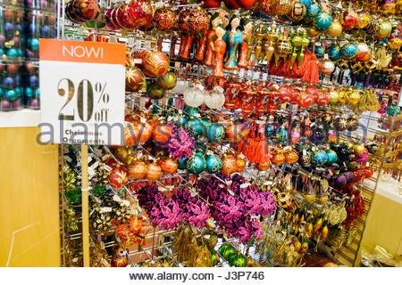 Miami Beach Florida Pier One Imports Chain Retailer Store Christmas Stock Photo 140015457 Alamy