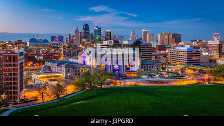 Kansas City (often referred to as K.C.) is the most populous city in the U.S. state of Missouri. In 2010, it had - Stock Photo