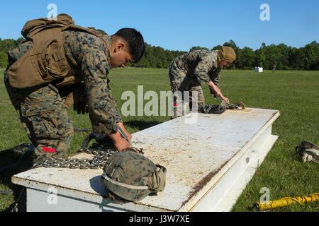 U.S. Marines with 2nd Transportation Support Battalion (TSB), Combat Logistics Regiment 2, 2nd Marine Logistics - Stock Photo