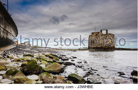 Castillo de San Cristobal (San Cristobal Castle), an old military watchtower in the fishing district of Las Palmas, - Stock Photo
