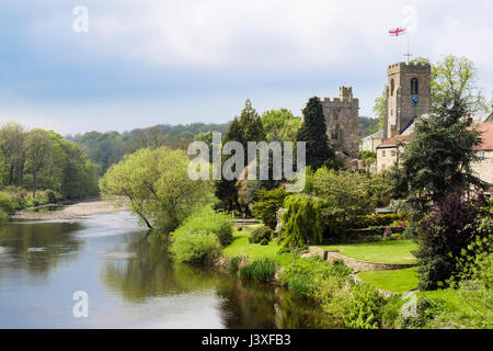 Yorkshire village church of St Nicholas and Marmion Tower beside River Ure. West Tanfield, North Yorkshire, England, - Stock Photo