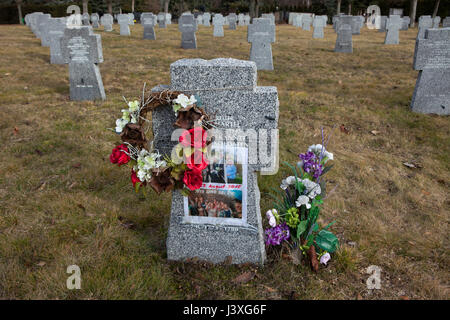 One of the graves of German soldiers on the ground of the German War Memorial at the Central Cemetery in Brno, Czech - Stock Photo