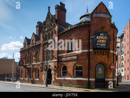 The Kings Arms pub, built in the 1870s and Grade II listed, Bloom Street, Manchester, England, UK - Stock Photo
