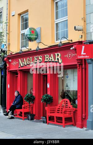 A colorful pub in the Irish coastal community of Dungarvan in County Waterford, Ireland. - Stock Photo