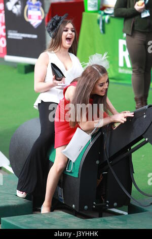 Aintree 2017: Randox Health Grand National Ladies Day - Day 2  Featuring: Atmosphere Where: Liverpool, Merseyside, - Stock Photo