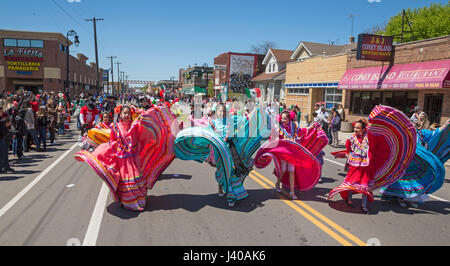 Detroit, Michigan - The annual Cinco de Mayo parade in the Mexican-American neighborhood of southwest Detroit. - Stock Photo
