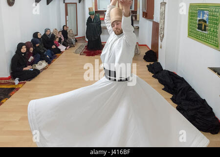 Dervish Whirling at Yaqup Baba of Fatih, Istanbul, TURKEY -  18/12/2016. In Istanbul's neighbourhood of Fatih, Yakup - Stock Photo