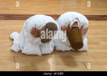 Dervishes bowing at Yaqup Baba of Fatih, Istanbul, TURKEY -  18/12/2016. In Istanbul's neighbourhood of Fatih, Yakup - Stock Photo