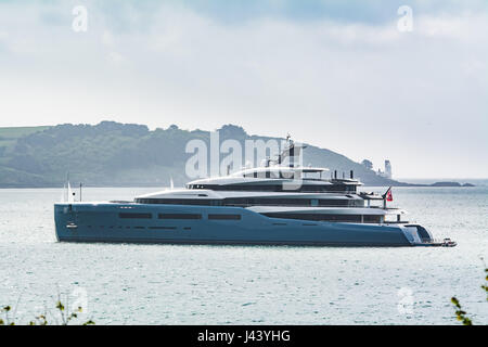 Flushing, Cornwall, UK. 9th May 2017. The super yacht Aviva is moored off Falmouth today after it's recent delivery. - Stock Photo