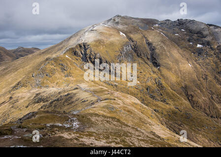 Ben Lawers is the highest mountain in the southern part of the Scottish Highlands at 1214m high. It lies to the - Stock Photo