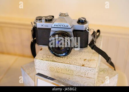 Pentax Asahi K1000 35mm Film Camera - Stock Photo