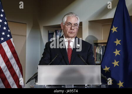 Alaska, USA. 11th May, 2017. US Secretary of State Rex Tillerson hosts a reception at the Morris Thompson Cultural - Stock Photo