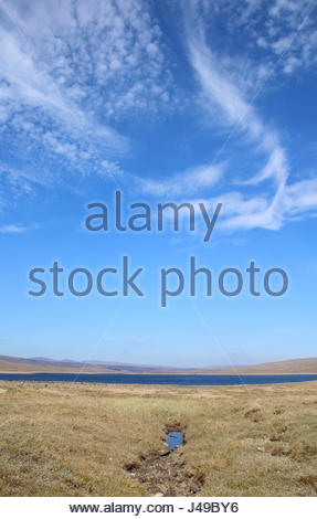 Cow Green Reservoir, Co Durham, UK. 11th May, 2017. A bright and sunny day on the fells by Cow Green Reservoir, - Stock Photo