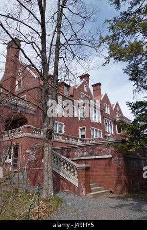 Glensheen Mansion in Duluth, Minnesota, USA. - Stock Photo