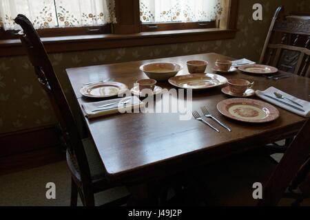 The servant's dining room at Glensheen Mansion in Duluth, Minnesota, USA. - Stock Photo
