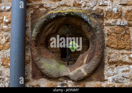 Round window in all saints church billesley warwickshire for Ashby windows