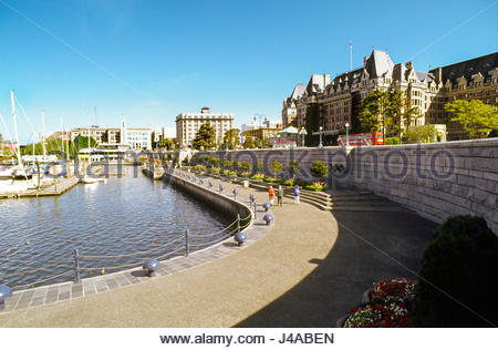 Victoria, British Columbia, Canada The Empress Hotel overlooking the inner harbor. Victoria was built by the Hudson's - Stock Photo