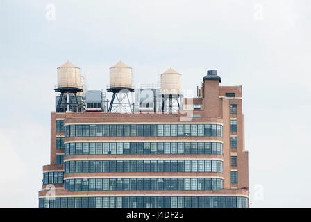 The Starrett-Lehigh building on West 26th Street in Manhattan is a full block freight terminal, warehouse and office - Stock Photo