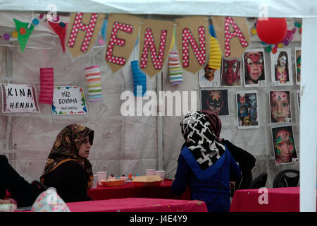 London, UK. 12th May, 2017. Clisold Park welcomed the Anatolian Festival 2017 celebrating Turkish Culture, with - Stock Photo