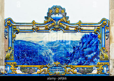 Hand-painted ceramic tiles, azulejos, depicting the Douro Valley from the viewpoint Sao Salvador do Mundo, Pinhao, - Stock Photo