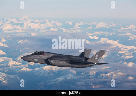 NORTH PACIFIC OCEAN—Marine Corps F-35Bs from Marine Fighter Attack Squadron (VMFA) 121, 3rd Marine Aircraft Wing, - Stock Photo