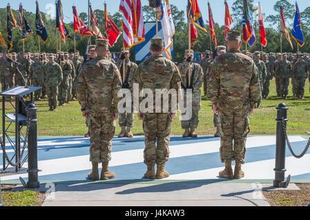 Maj. Gen. Leopoldo Quintas, left, incoming Commander of 3rd Infantry Division, Gen. Robert Abrams, center, Commander - Stock Photo
