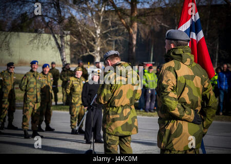 Norwegian Home Guard 12 base commander, Col. Hakon Warø, addresses the crowd celebrating Victory in Europe Day, - Stock Photo