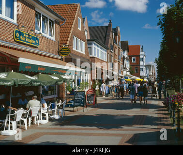 Germany, the North Frisians, Föhr, Wyk on Föhr, pedestrian area, tourists, Europe, North Germany, Schleswig - Holstein, - Stock Photo