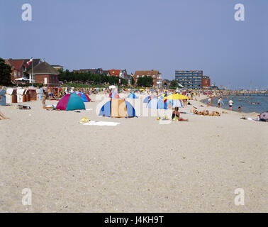 Germany, the North Frisians, Föhr, Wyk on Föhr, beach, bathers Europe, North Germany, Schleswig - Holstein, island, - Stock Photo
