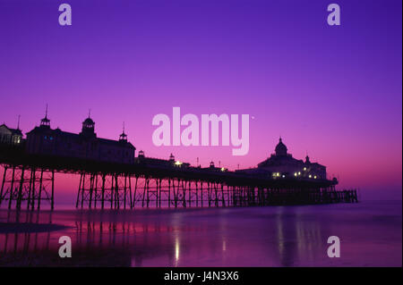 Great Britain, England, Sussex, Eastbourne, pier, silhouette, evening tuning, - Stock Photo