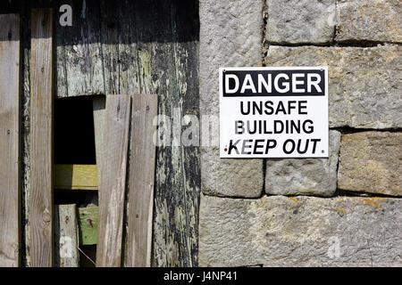 Unsafe building - Stock Photo