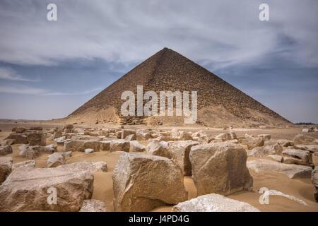 Red pyramid of the Pharaoh Snofru, Egypt, Dahschur, - Stock Photo