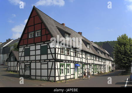 Germany, North Rhine-Westphalia, Hagen-Eilpe, settlement Long squad, - Stock Photo