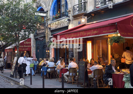 France, Paris, Le accommodation Latin, Rue de la Harpe, - Stock Photo