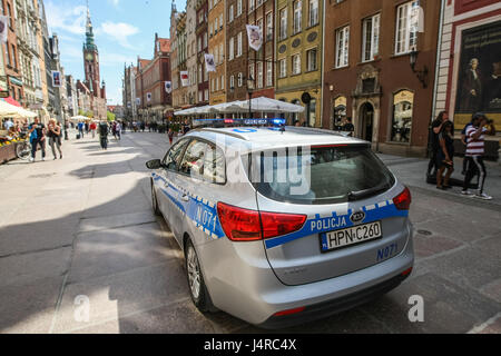 Gdansk, Poland. 14th May, 2017. Polish Police KIA Ceed car at the Dluga street  is seen on 14 May 2017  in Gdansk, - Stock Photo
