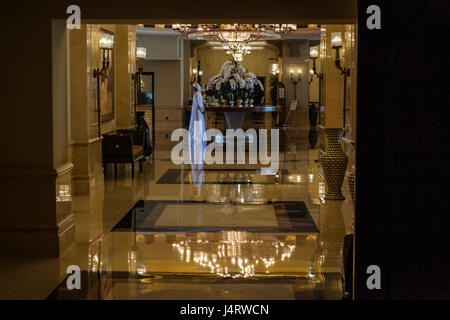 SHANGRI LA HOTEL,ABU DHABI, UAE-10TH SEPT 2015:-The hotel has excellent views of grand mosque named after sheikh - Stock Photo