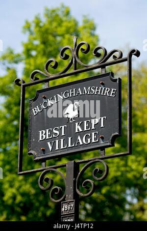 Best kept village sign, Marlow, Buckinghamshire, England, UK - Stock Photo